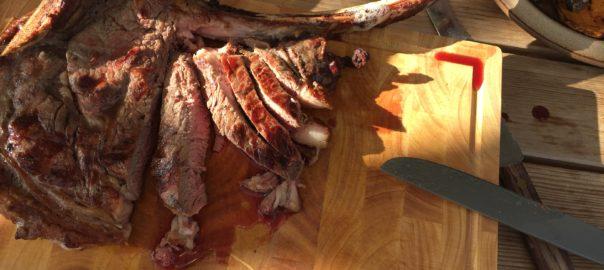 Dry-aged-Tomahawk-Steak